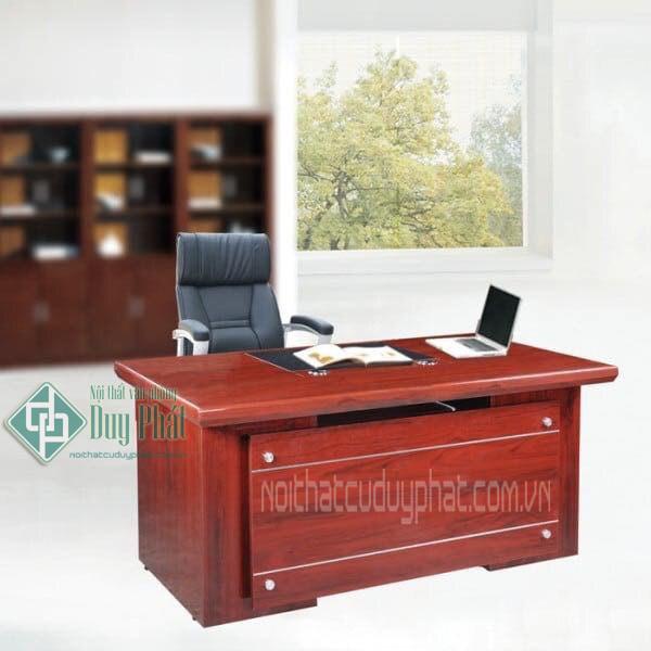 Thanh lý bàn ghế giám đốc như mới và sang trọng tại Hà Nội 2