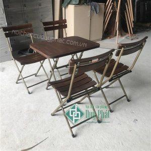Mẫubàn ghế cafe đẹp bằng khung sắt