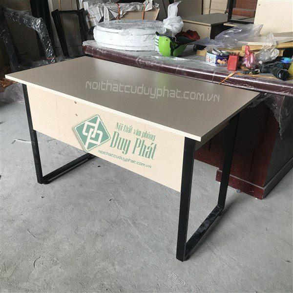 Mẫu sản phẩm thanh lý bàn ghế văn phòng ở Hải Phòng chất lượng cao