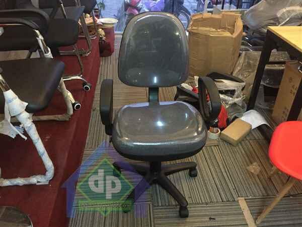 Ghế văn phòng chân xoay thanh lý nội thất văn phòng Nam Từ Liêm