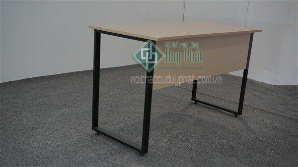 Thanh lý bàn ghế văn phòng Hà Nội giá rẻ, cam kết chất lượng tốt nhất 2
